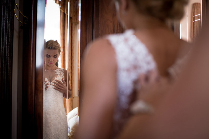 getting ready for wedding photography