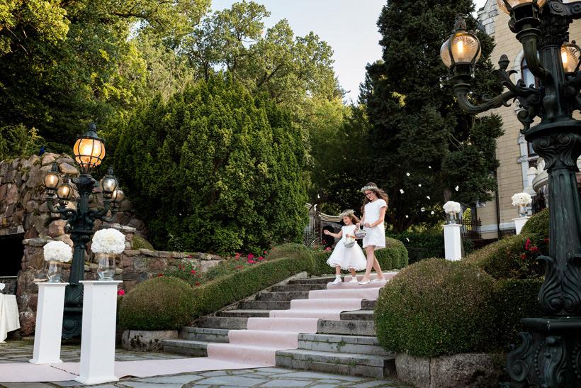 bridesmaids on outdoors wedding
