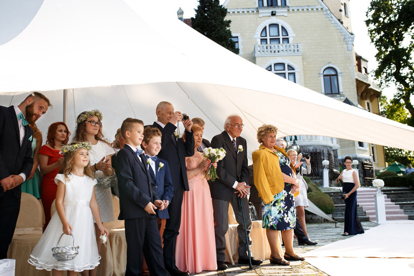 wedding outdoors in palace
