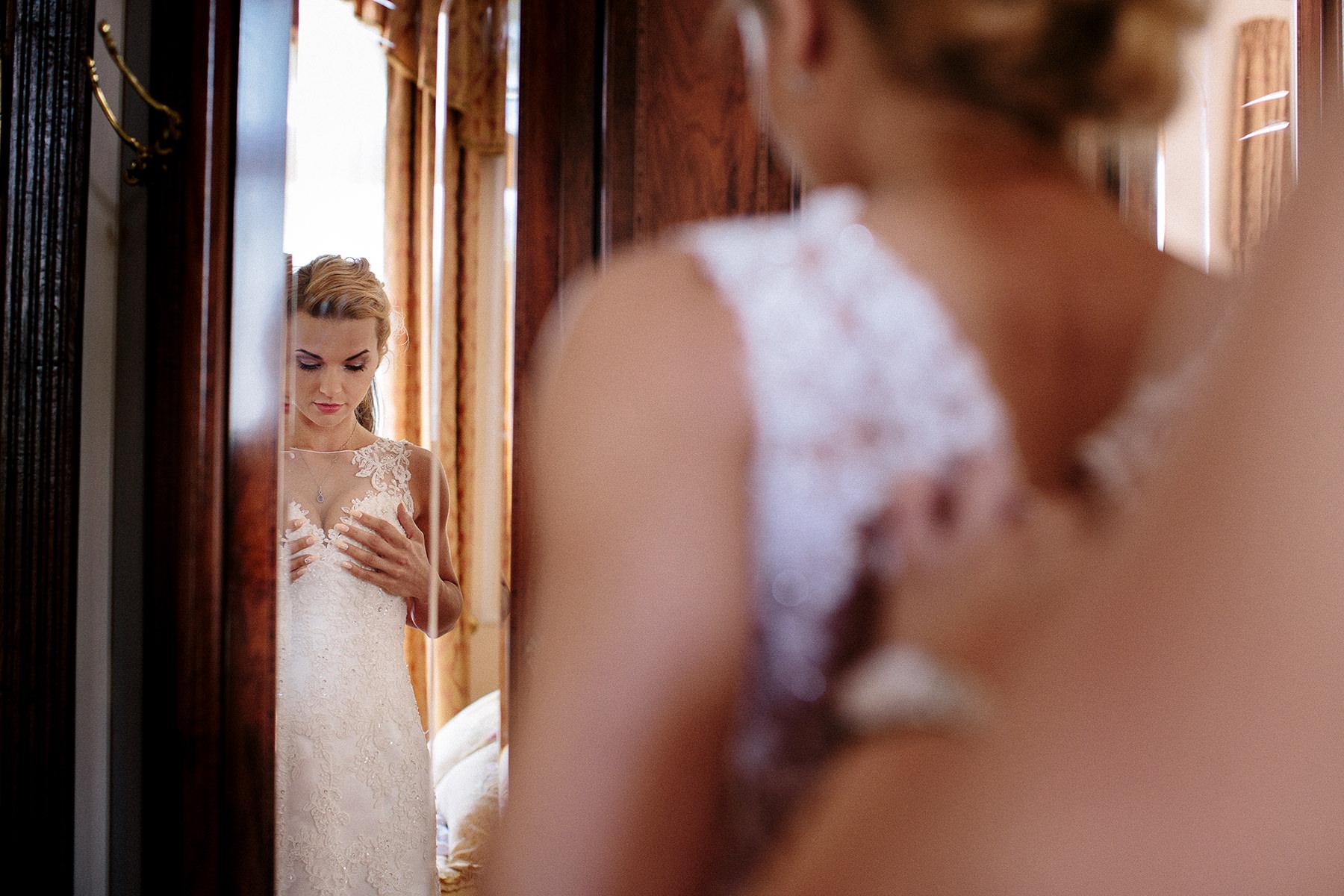 bride getting ready, palace wedding preparations