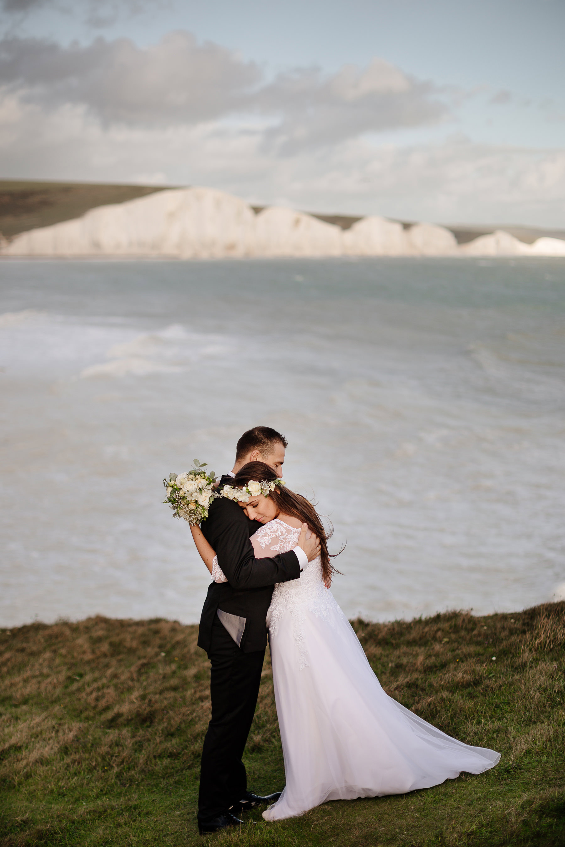 wedding couple seven sisters