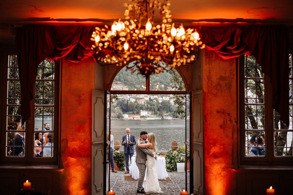 Wedding at Lake Como. Villa Regina Teodolinda wedding. Destination wedding in Italy.